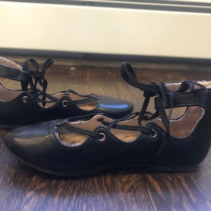 Old Navy Lace Up ballet flat